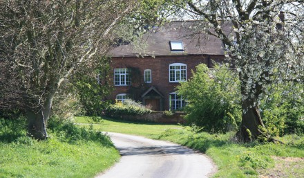 Front of Pleasance Farm B&B Kenilworth